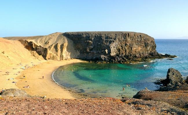 """""""Viajar de Fuerteventura a Lanzarote en Autocaravana"""""""