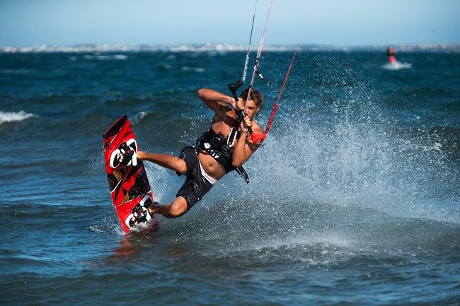 """""""5 Mejores Escuelas de kitesurf en Lanzarote"""""""