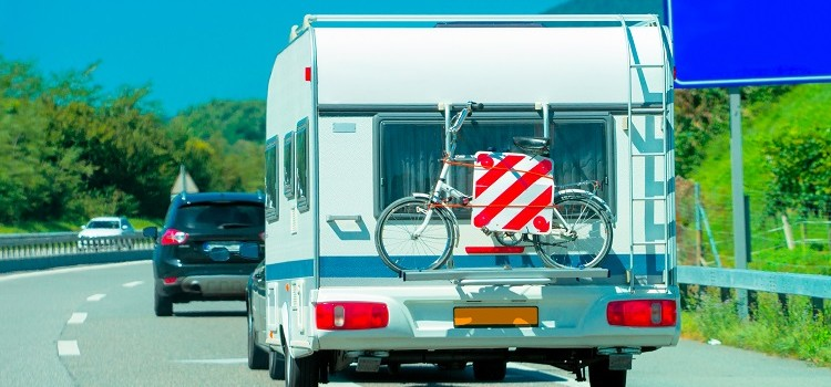 """""""3 Bicycle Racks that you Can Choose for your Mobile Home"""""""