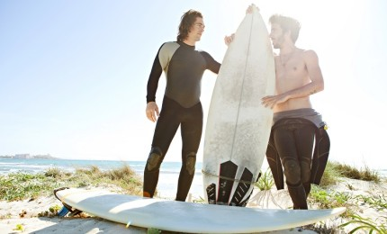 """Surf in Fuerteventura, what you Should know When Buying a Neoprene Suit"""