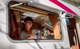 """10 Advantages that your motorhome is small"""