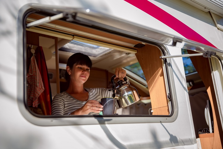 """""""10 Advantages that your motorhome is small"""""""