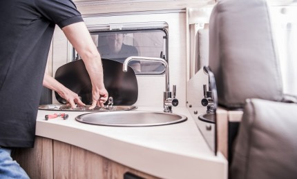 """""""Motorhomes cleaning and small repairs you must know how to do"""""""