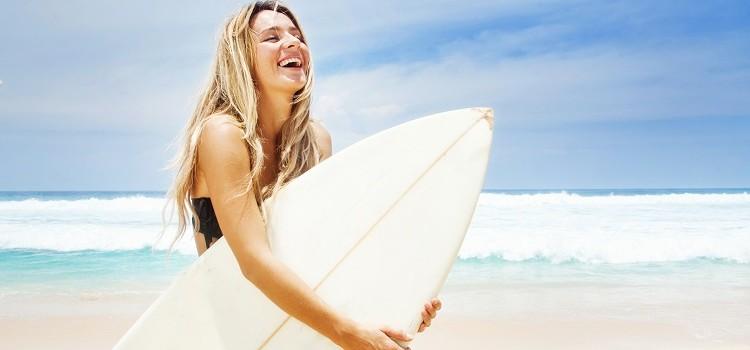 """""""7 Razones para Hacer del Surf Tu Deporte Favorito"""""""
