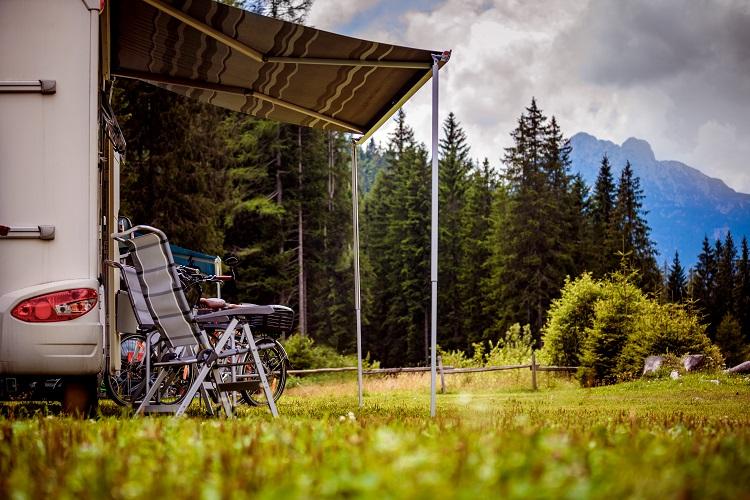 """""""Autocaravaning: Te contamos las buenas prácticas para un camping en paz"""""""