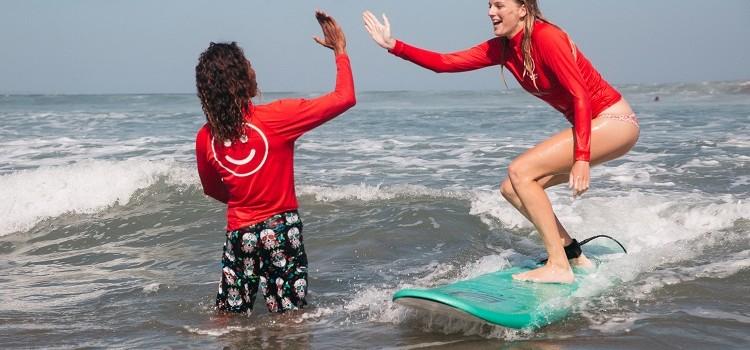 """""""Tu instructor de surf debería tener estas cualidades"""""""
