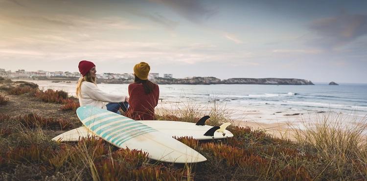 Practicar surf en invierno  4 consejos